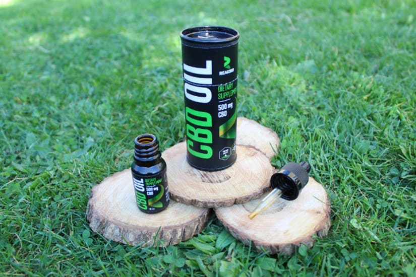 Reakiro 5% CBD Oil Box and Bottle
